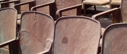 Kino Stühle